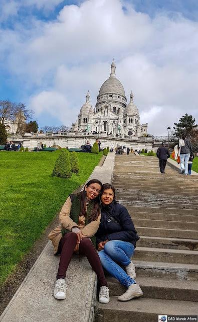 Escadaria para subir até a Sacre Coeur - Diário de Bordo - 3 dias em Paris