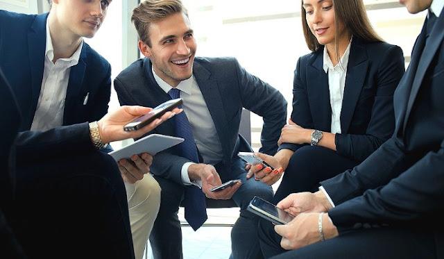 Πώς να διαχειριστείς τον ανταγωνιστικό συνάδελφο στη δουλειά