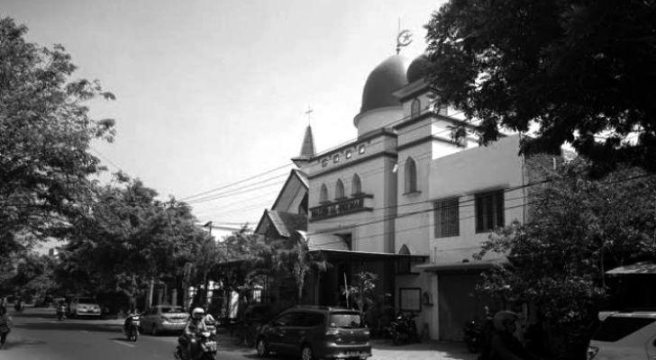 Islam Melindungi Tempat Tempat Ibadah Lain