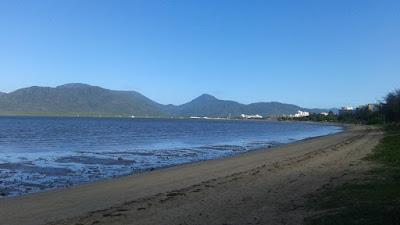 Playa de Cairns desde la Explanade