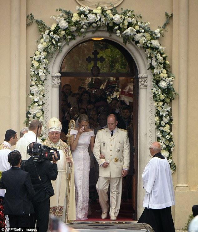 article 2010582 0CD6E09100000578 11 634x743 - Casamento Real - Principe Alberto ♥ Charlene Wittstock