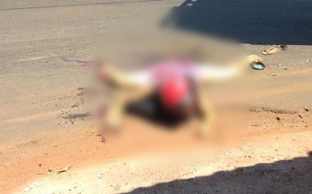 [Imagens Fortes] Urgente! Professora morre após ser arrastada por caminhão boiadeiro em acidente trágico!