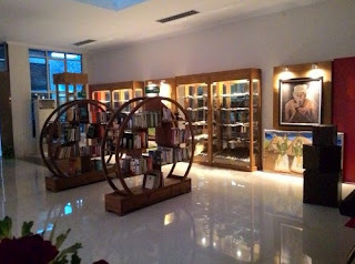http://www.teluklove.com/2016/10/pesona-keindahan-museum-tembakau-jember.html