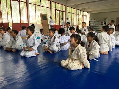 Judocas da Escolinha Mauro Sakai participam do 1º Treinão Integração