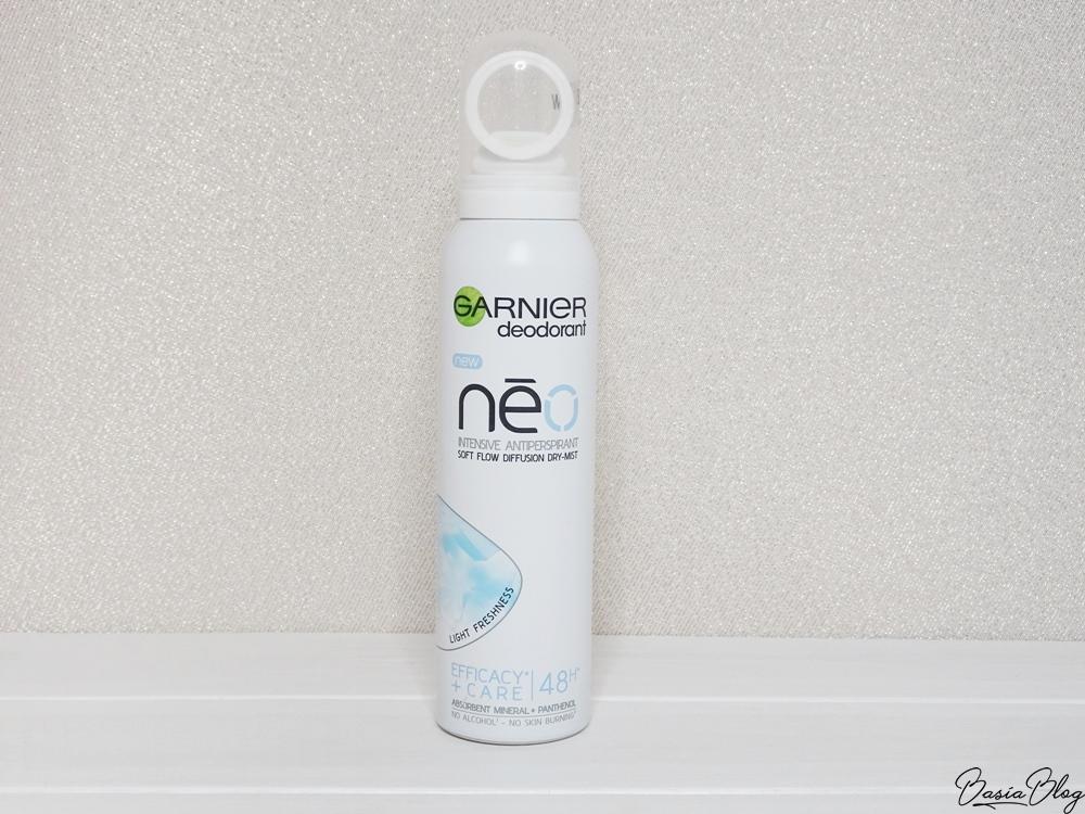 antyperspirant w sprayu Garnier Neo Light Freshness, dobry antyperspirant