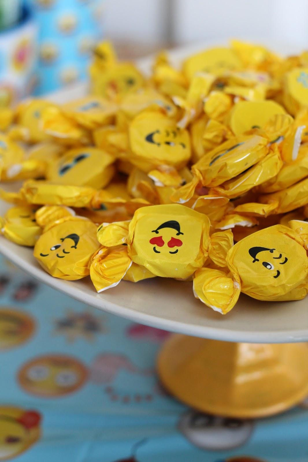 Emoji Party Goodies, Emoji Gum Discs