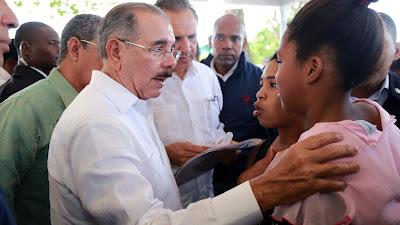 """VIDEO: Danilo: """"No queremos que pequeños productores sigan bajo esclavitud de la usura"""""""