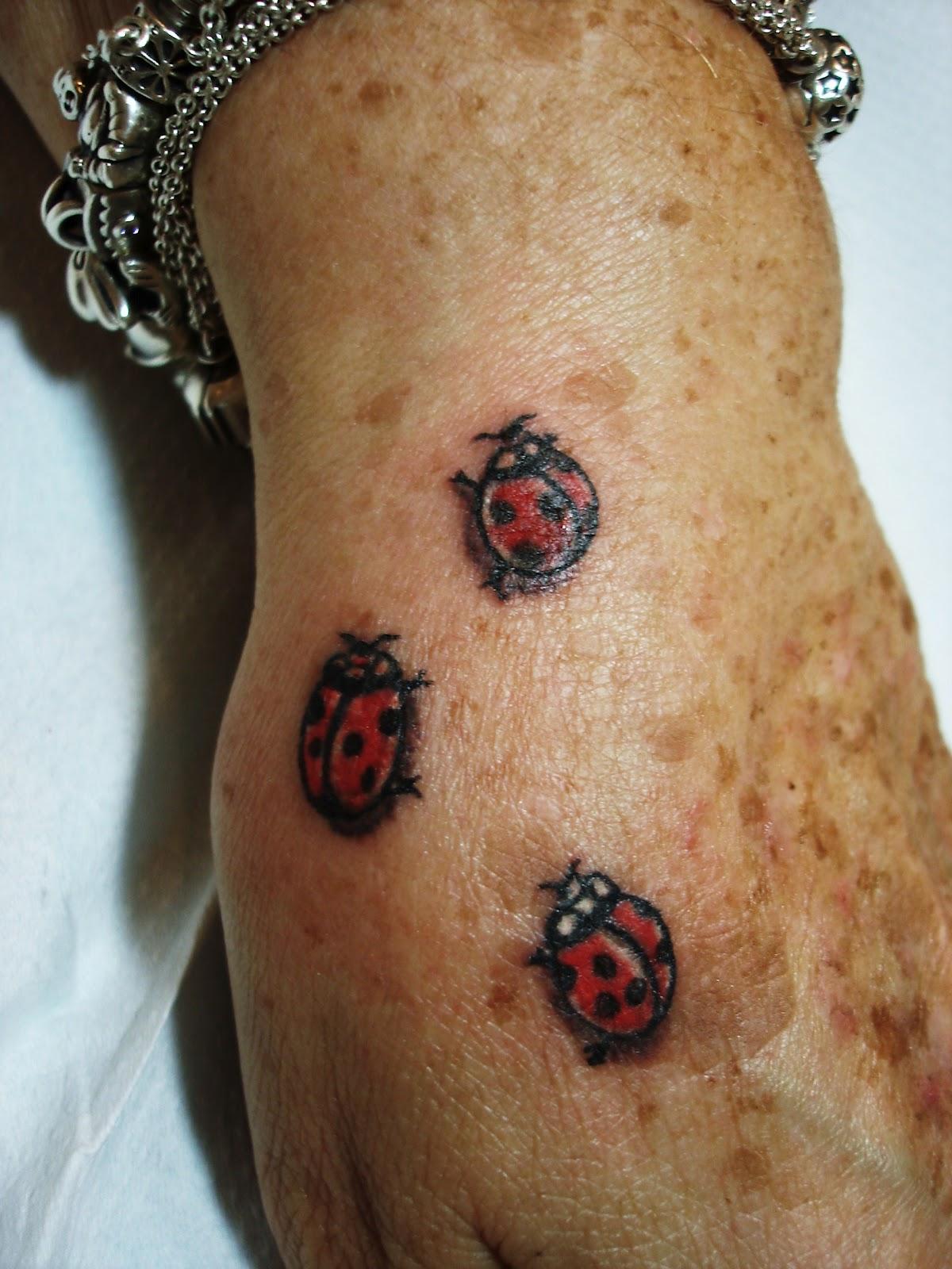 Toop Tattoo: Flores Mariposas y Mariquitas Tattoo Alicante