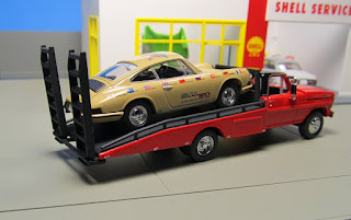 Tomica Limited Vintage  1967 Porsche World Tour