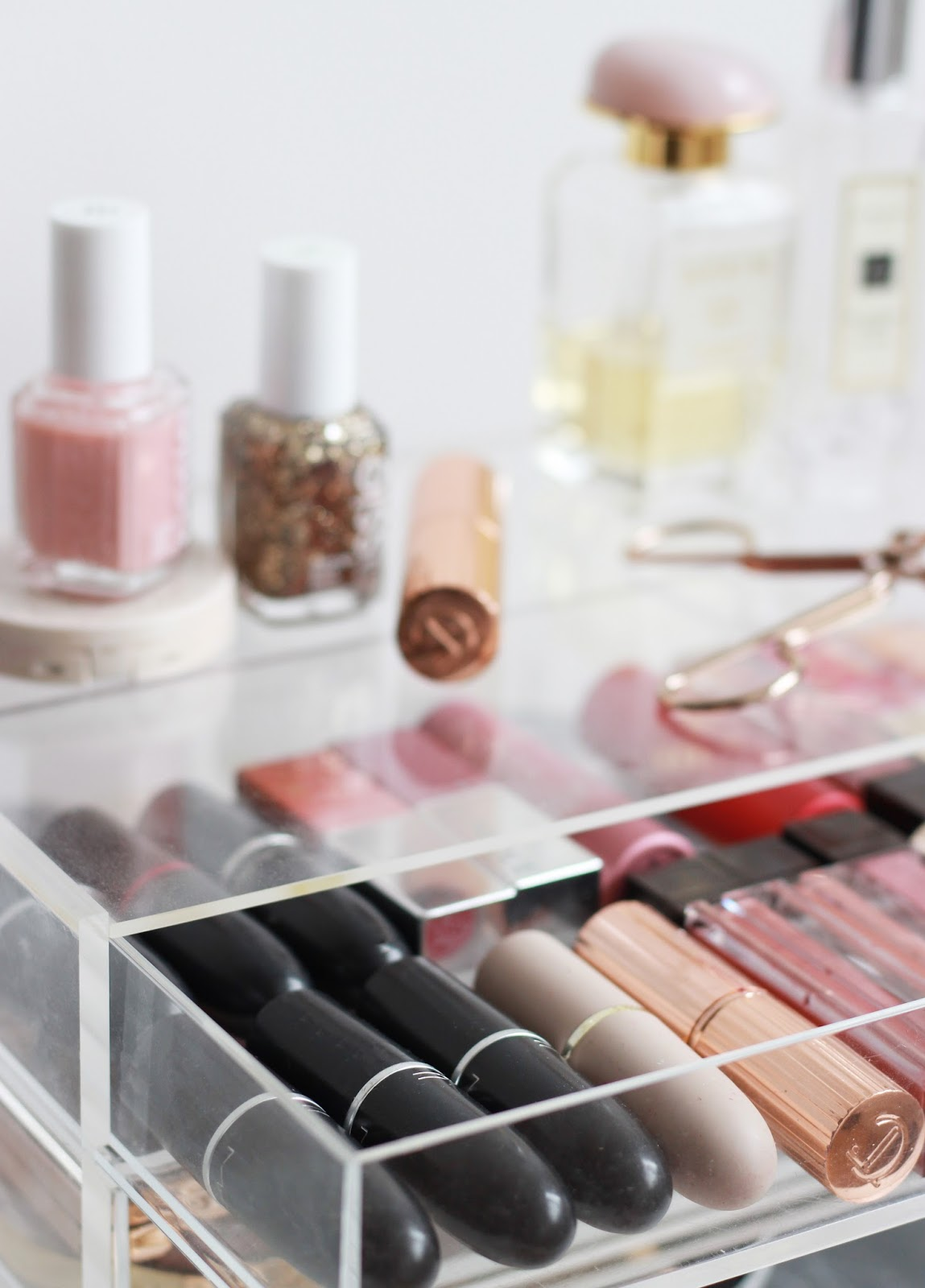 After neglecting makeup organisation throughout Winter Iu0027ve switched products around filled the drawers up with the products Iu0027ve recently picked up and ... & A Muji Makeup Storage Overhaul | Pint Sized Beauty