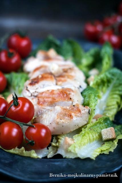 salata, salatka, piersi, kurczak, kolacja, grill, rzymska, bernika, kulinarny pamietnik