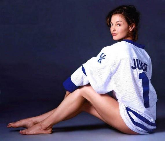 Ashley Judd: Sono stata stuprata tre volte; Non potevo condividere il bambino con un stupratore