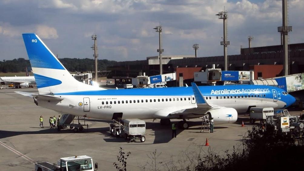 Aerolíneas programó dos nuevos vuelos especiales para traer argentinos desde Uruguay