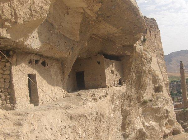 hasankeyf mağara ev