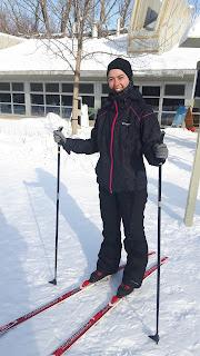 Skieuse de fond, skis, parc de Bois-de-Liesse, chalet, neige