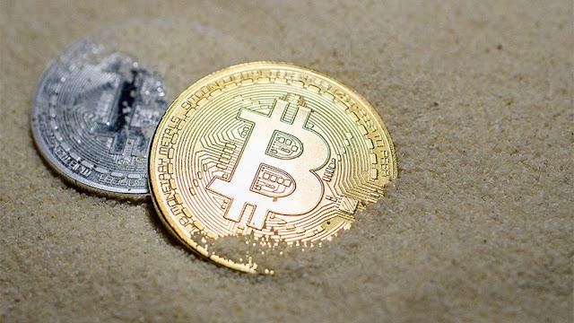 """""""El lobo de Wall Street"""" explica en qué consiste la """"gran estafa"""" del bitcóin"""