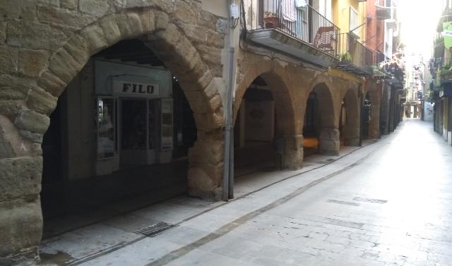 Carrer porxat de Balaguer