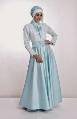 Contoh model baju muslim untuk pesta biru muda menawan