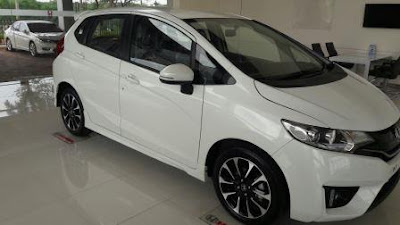 Kredit Mobil Honda Jazz Dp Ringan