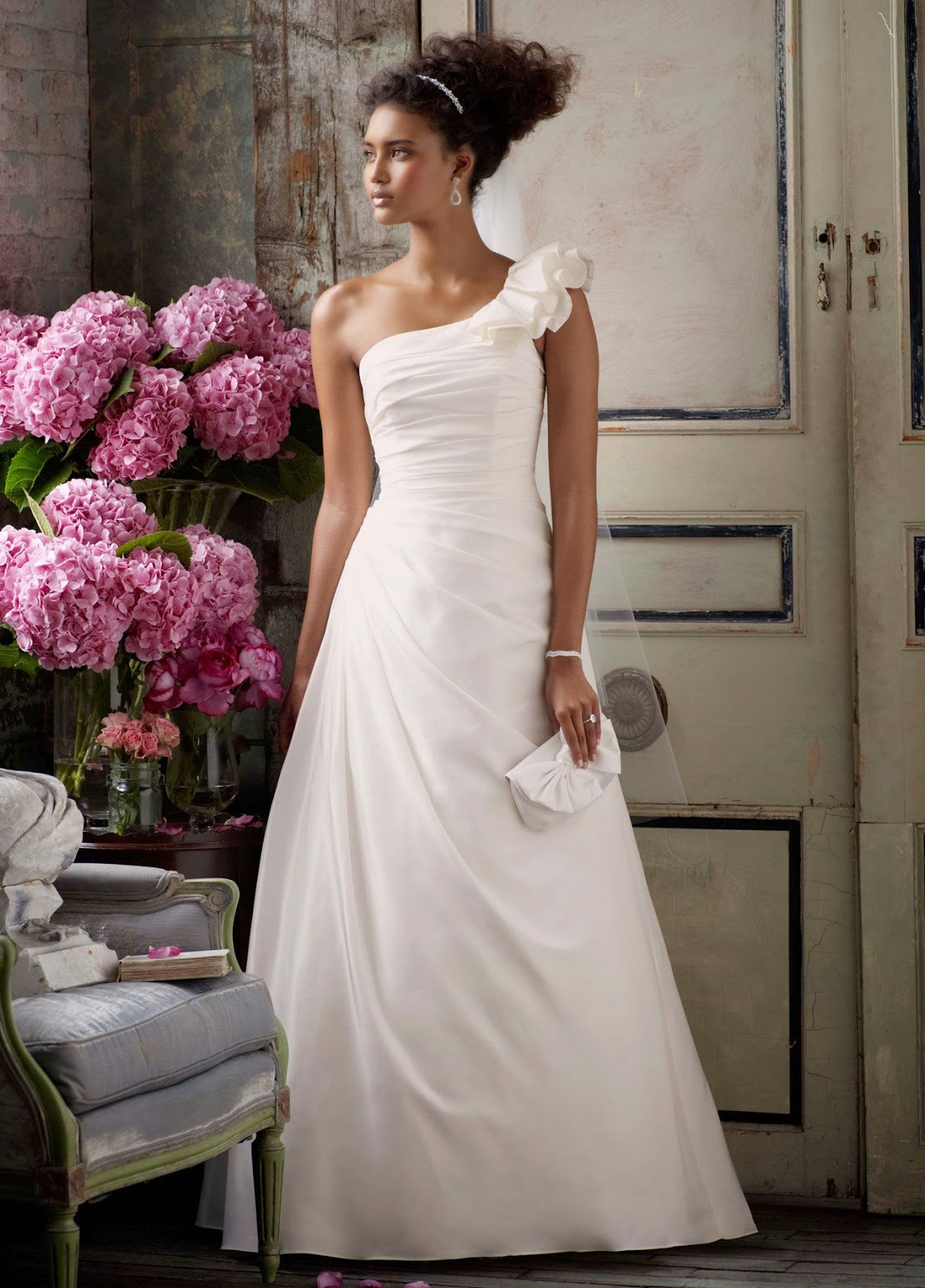 2016 wedding dresses and trends for Wedding dress david bridal