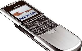 spesifikasi Nokia 8800