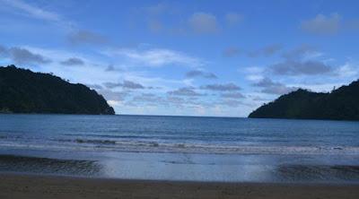 panorama pantai sipelot