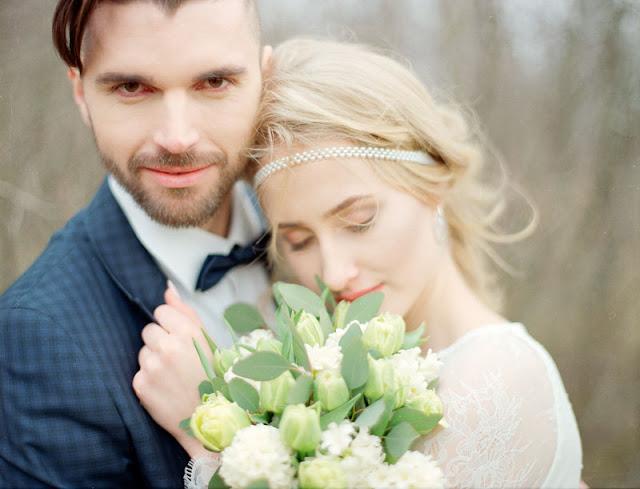 Perły na ślubie.
