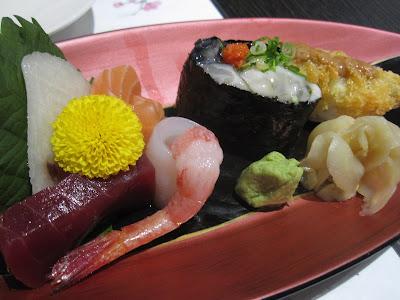 The Oyster and Crab Restaurant, sashimi sushi