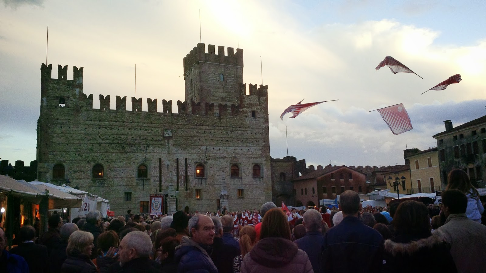 Flag dancing in front of the Lower Castle in Marostica