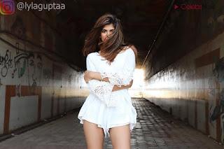 Lyla Gupta Spicy Indian Bikini Model Stunning Bikini Pics   .xyz Exclusive 052.jpg