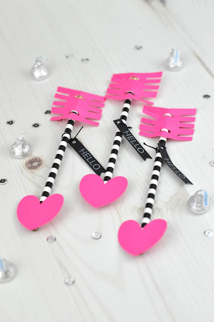 Classroom Valentine Idea: Pencil Arrows by Jen Gallacher with a Silhouette cut file. From www.jengallacher.com. #valentine #valentinesday #valentinecraft