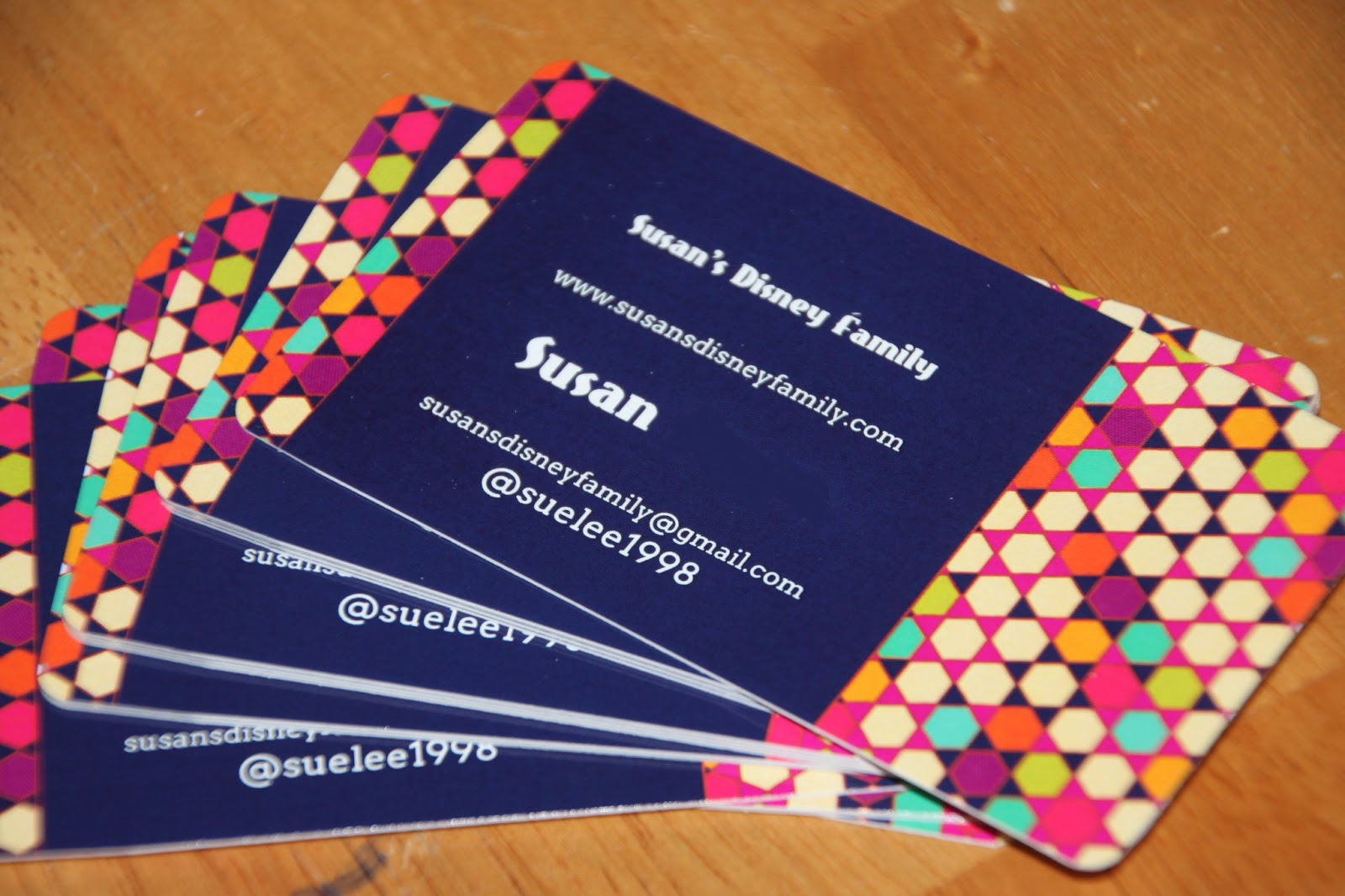 Susans disney family signazon a great place for business cards and the business cards are well made and are on a great thick paper stock they are so well done i love the rounded edges it gives them a more unique look colourmoves