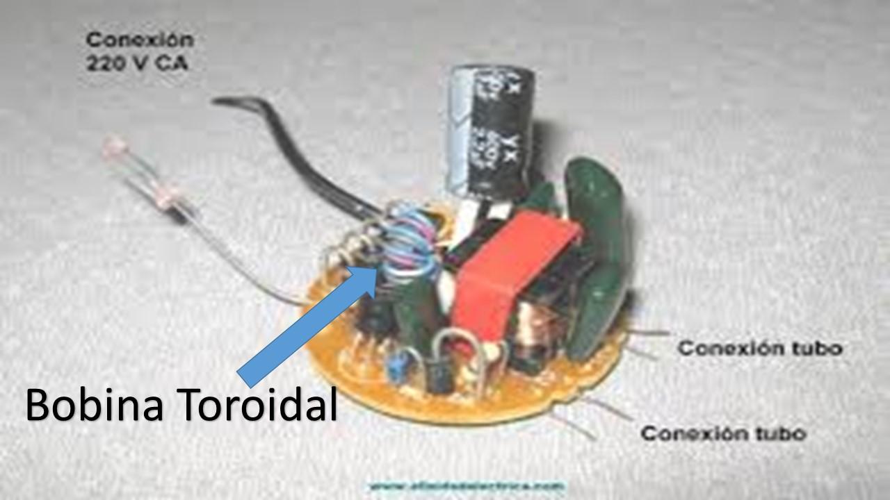 Schema Elettrico Dissuasore Per Piccioni : Circuito quemado primer plano de la computadora placa