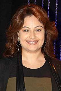 Ayesha Jhulka Wiki, Height, Weight, Age, Husband, Family and Biography