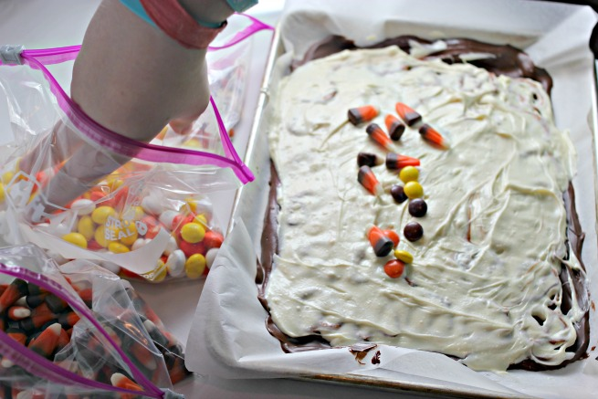 Easy Halloween Bark Recipe