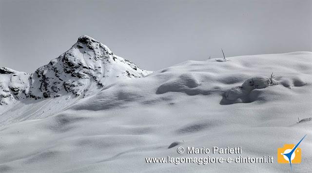 Neve soffice e cima della Laurasca