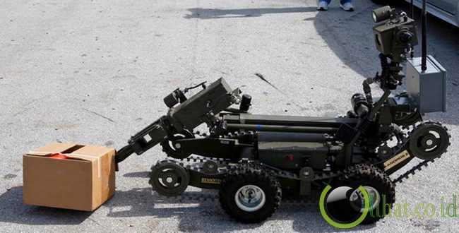 Robot Penakluk Bom