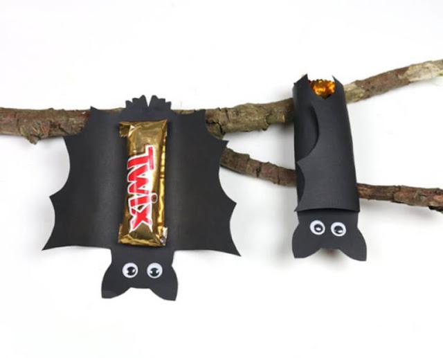 """глаза, для детей, конфеты, конфеты на Хэллоуин, копозиции конфетные, красивая упаковка конфет, Новый год, оригинальная упаковка, оформление конфет, подарки новогодние, подарки паздничные, подарки Рождественские, сладости для детских праздников, сюрприз из конфет, украшение на Хэллоуин, упаковка, упаковка конфет, упаковка на Хэллоуин, упаковка подарков, упаковка своими руками, упаковка сладостей, Хэллоуин, """"Летучая мышь"""" - упаковка шоколадного батончика (МК) http://handmade.parafraz.space/"""