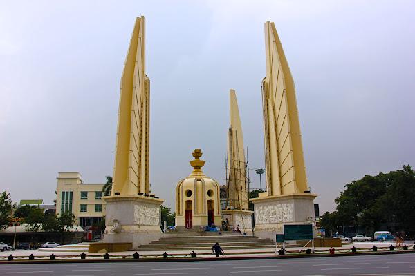 Monumento a la democracia de Bangkok