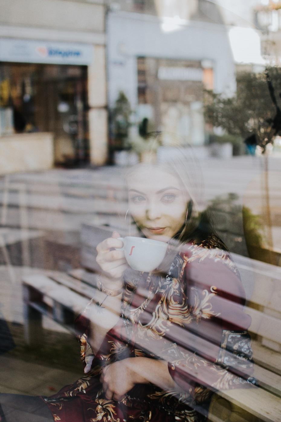 Sesja zdjęciowa w klubokawiarni żółty młynek || stylizacja