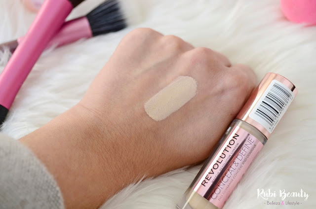 review opinion Makeup revolution corrector conceal and define clon shape tape tarte swatch tono c2