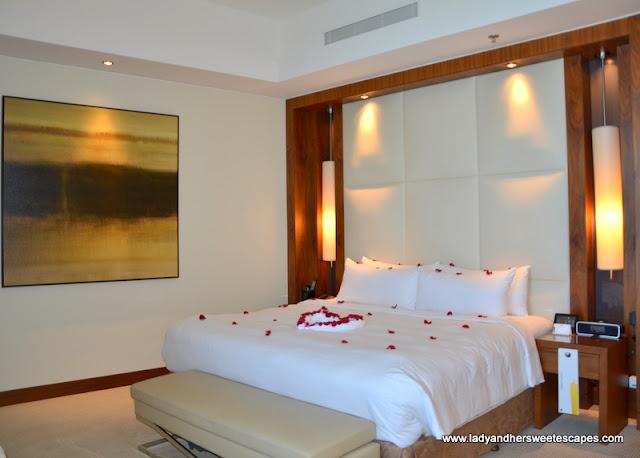sea view room at JW Marriott Marquis Dubai