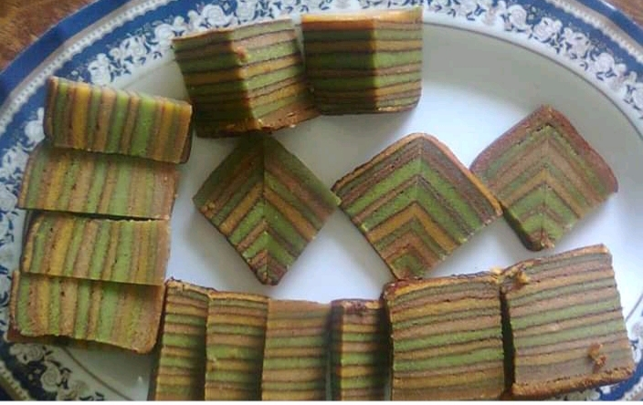Bingkisan Hati Mama Vie Kek Lapis Gula Apong Versi Bakar