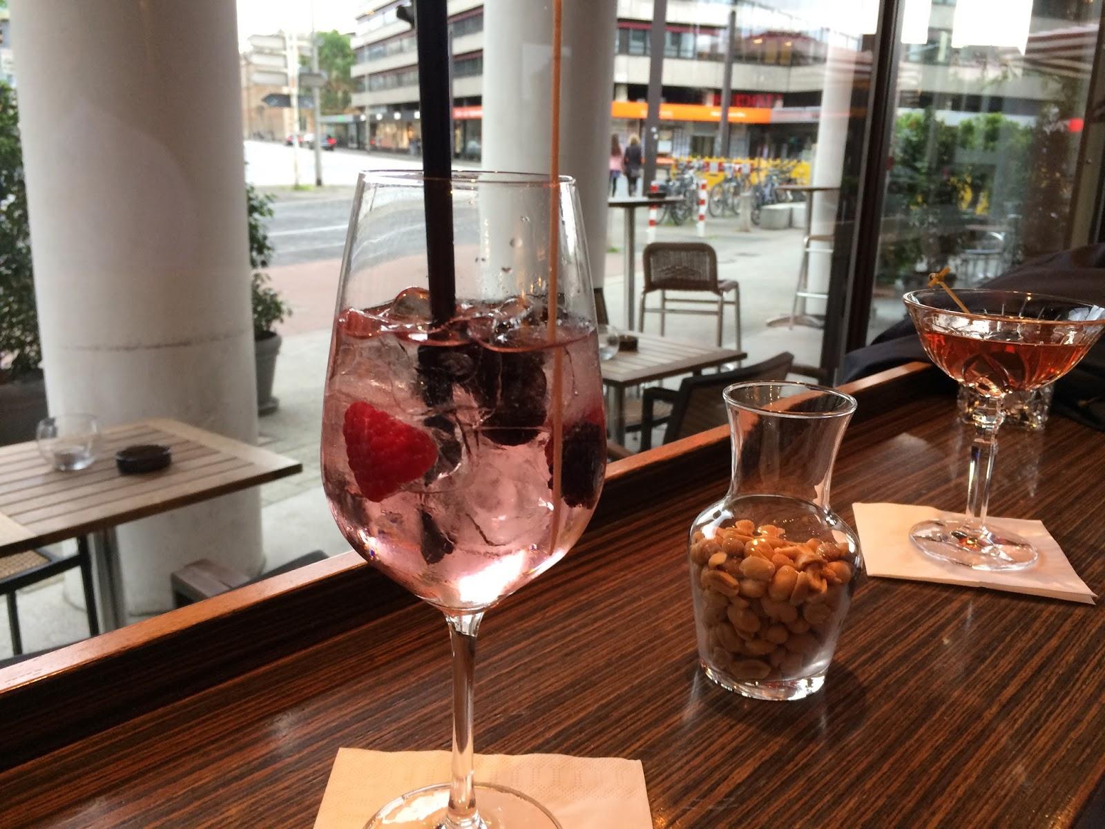 Neulich in der Mini Bar - Hannover Tip - mit Cocktail- Rezepten!