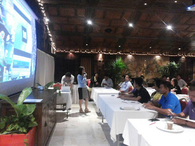 Box jelly fish awareness presentations for Koh Samui hotel staff January 2016