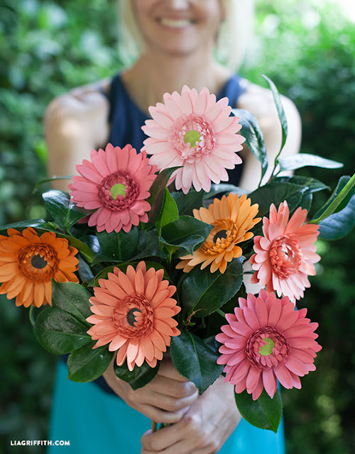 https://liagriffith.com/diy-paper-gerbera-daisies/