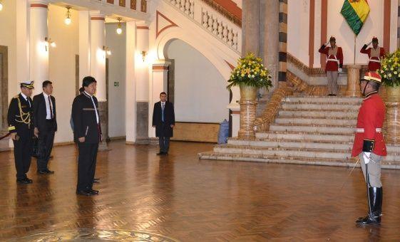 Evo Morales condena afán de EE.UU. de intervenir Venezuela