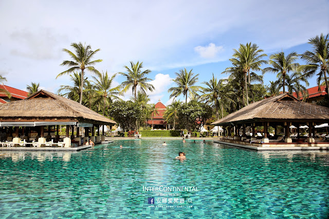 http://www.annalovestravel.com/2015/04/intercontinental-bali-resort_14.html