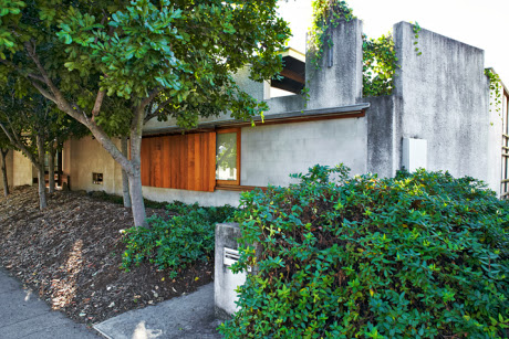 Simplicity Love D House Australia Donovan Hill