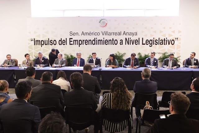 """Presentan emprendedores """"Ley de Pago a 30 días"""""""